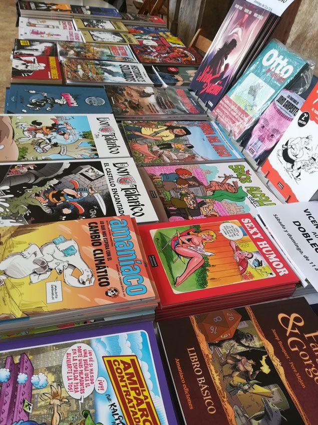 El estand de Amaníaco en las VIII Jornadas de còmic de Valencia